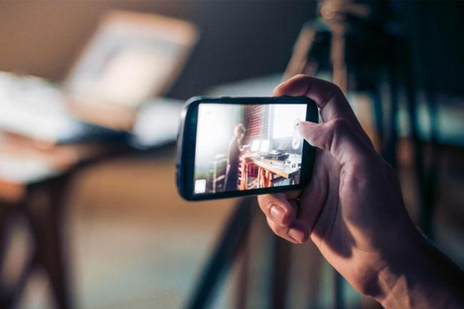 En İyi Ön Kamera Hangi Telefonda?